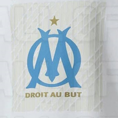 Posible camiseta del Olympique de Marseille de local para la campaña 2020-2021