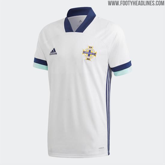 Camiseta de visitante de Irlanda Del Norte 2020