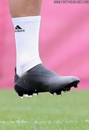 Botas del Bayern de Munich Cuisance de los Trenes En el Apagón de Adidas X