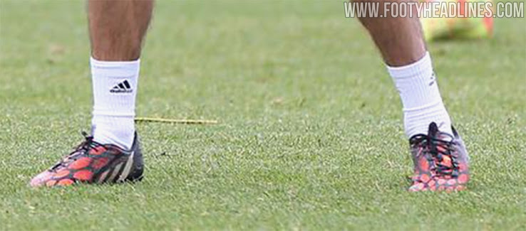Botas de Juan Mata Trenes en Adidas Predator Instinct En 2014