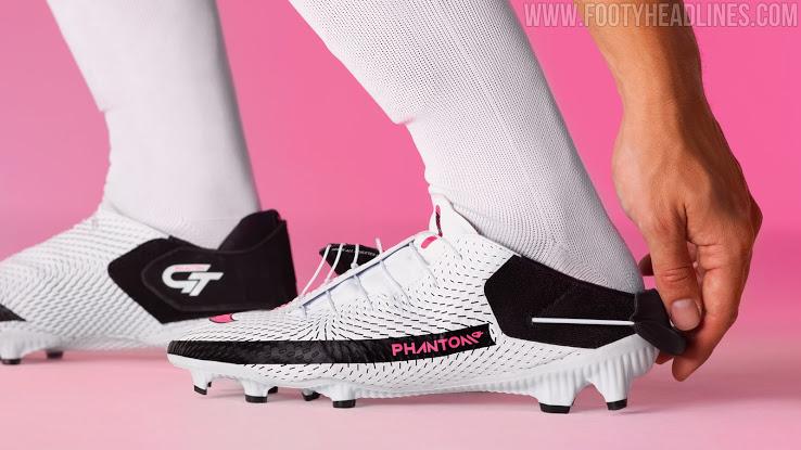 Botas de Fútbol Nike Fantasma GT FlyEase