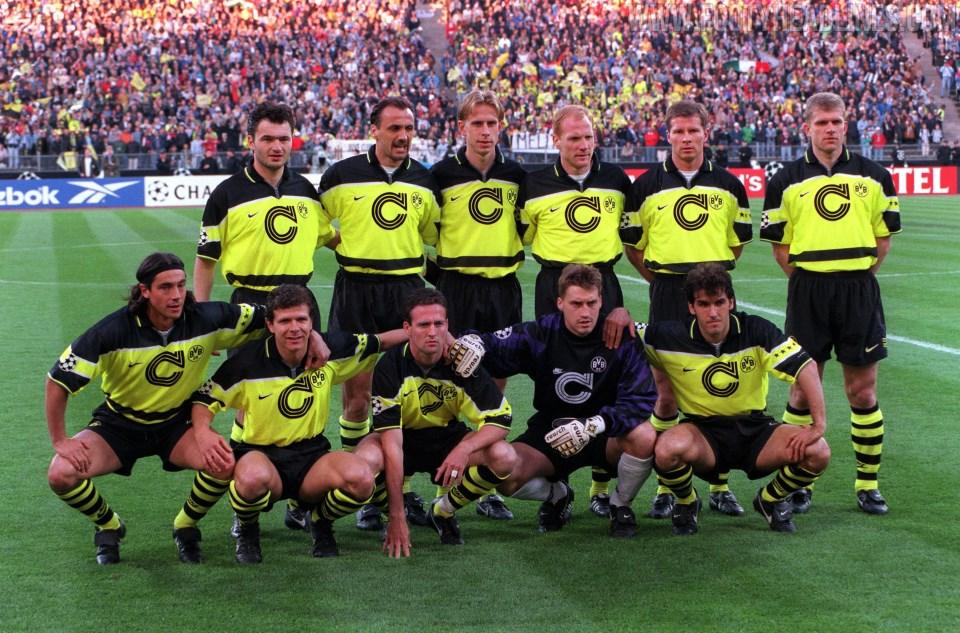 Camiseta de Local del Borussia Dortmund 2021-2022 - Inspirada en la final de la Champions de 1997