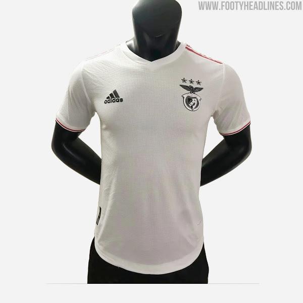 Camiseta de Visitante del Benfica 2021-2022