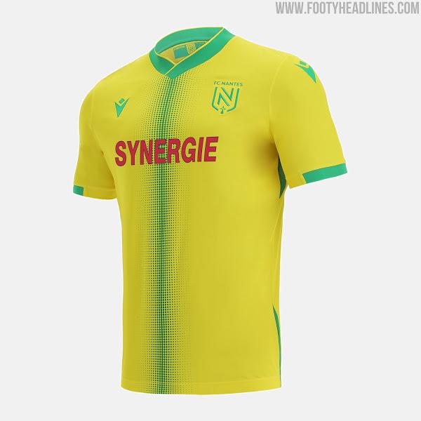 Camiseta de Local del FC Nantes 2021-2022