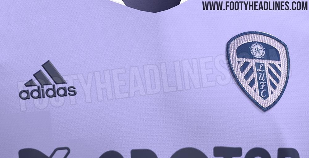 Tercera Camiseta del Leeds United 2021-2022