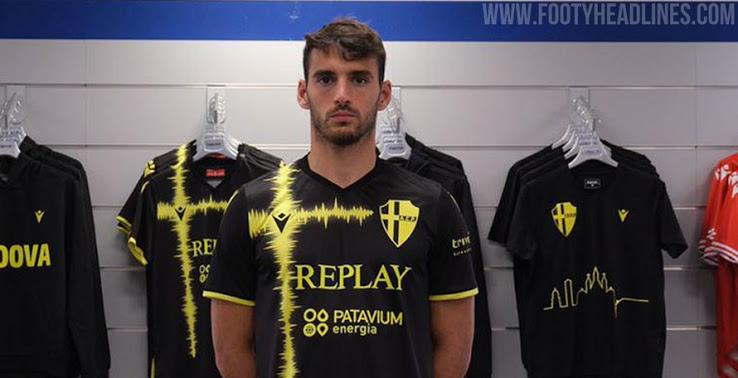 Tercera Camiseta del Padua 2020-2021