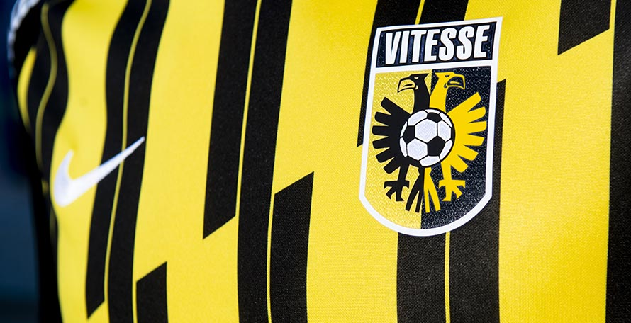 Camiseta de Local del Vitesse 2020-2021